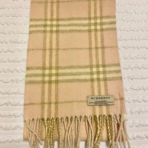 Classic Burberry Cashmere Scarf Pink